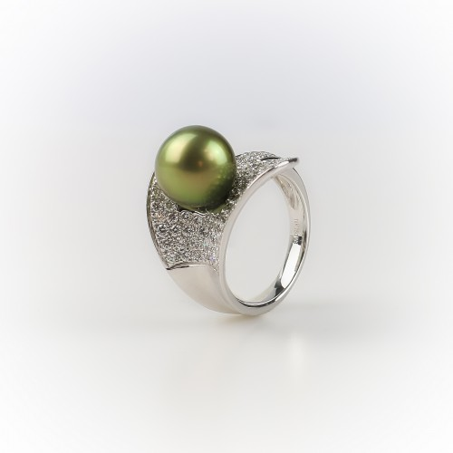 White gold ring set with...