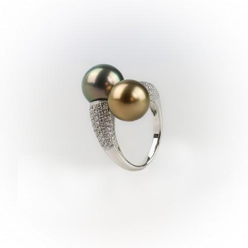 """""""Toi et Moi"""" ring 18k white..."""