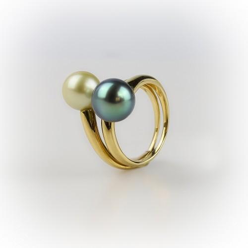 """Yellow gold ring 18K """"Toi &..."""