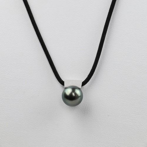 18k white gold pendant from...