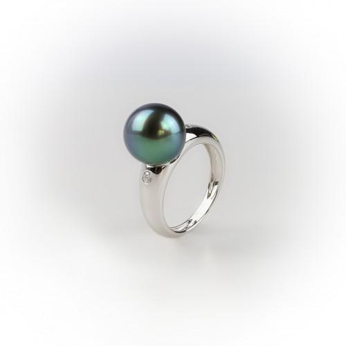 18K white Gold ring,...